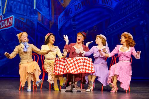 Clare Rickard, Ella Martine, Jasna Ivir, Clare Halse and Emma Caffrey in 42nd Street | BroadwayHD © Brinkhoff/Moegenburg